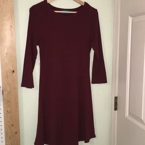 Mid Sleeved burgundy dress